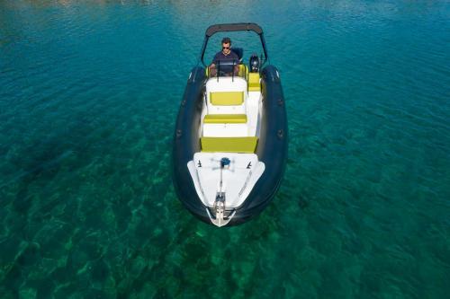 Destroyer Rental Boat Moraitis 03