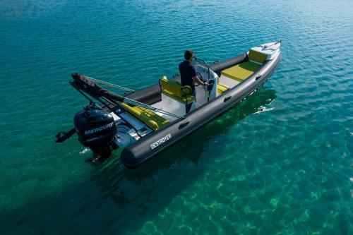 Destroyer Rental Boat Moraitis 06