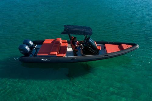 Ribco Rental Boat Moraitis 32