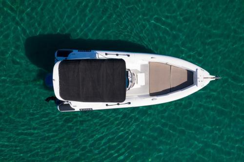 Winner Rental Boat Moraitis 22